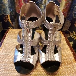 Michael Kors metallic zipper heels- sharp! Sz 10M